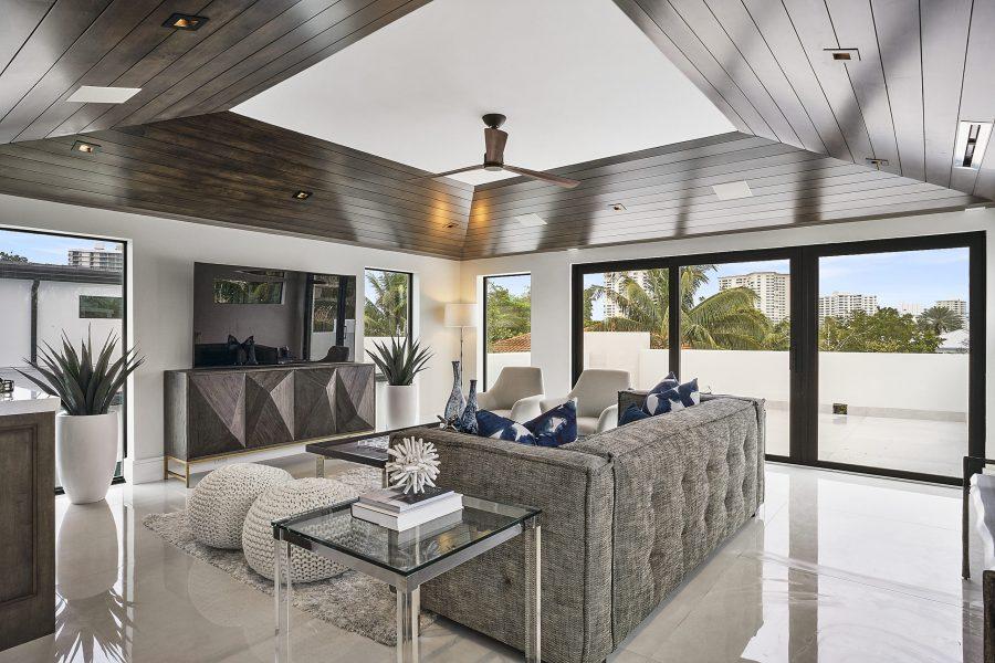 750 W Palm Drive Loft Staged